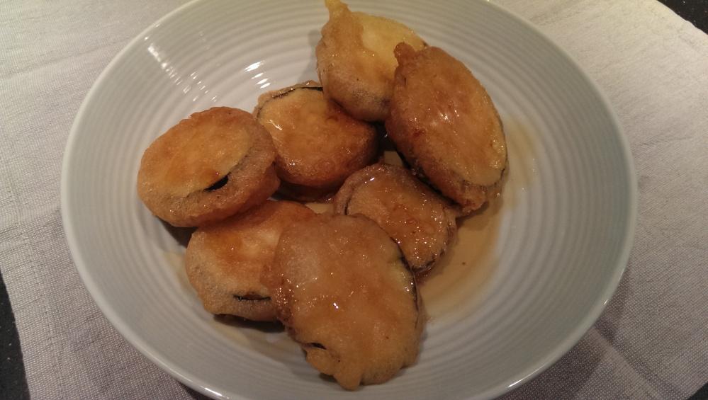 Aubergine beignets